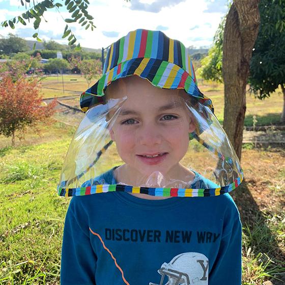 Chapéu com Proteção Infantil Tricoline Lavável
