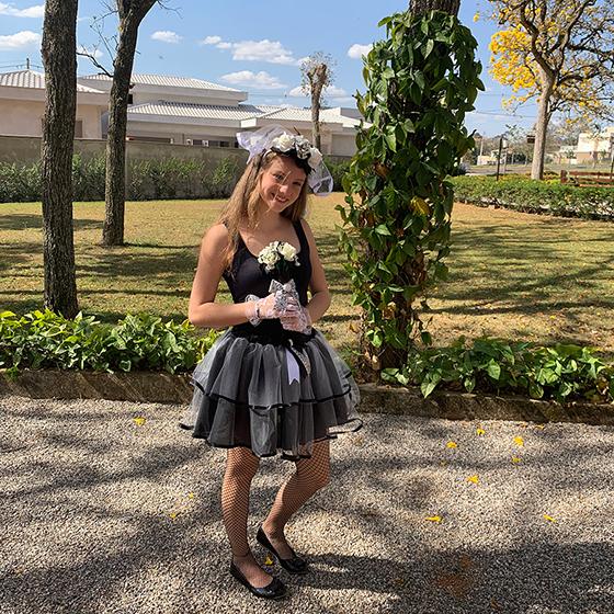 Fantasia Noivinha Cadáver Adulto Halloween Envio Imediato (Saia+Tiara+Buquê)
