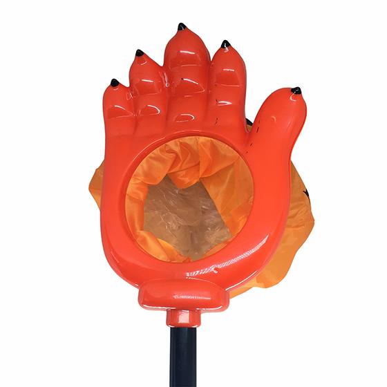 Pegador de Doces Halloween Mão Laranja