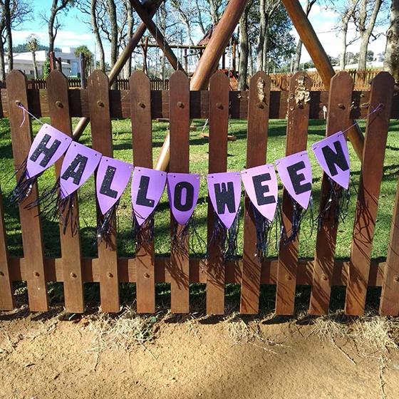 Flâmula Halloween Roxa